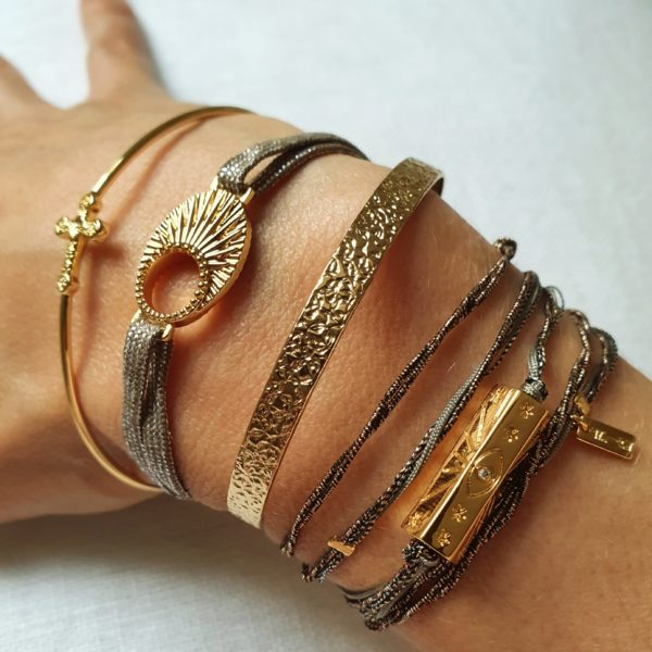 Bracelet Fantaisie  Multi-Cordons Fil Irisé Hexagone Doré | MYA-BAY
