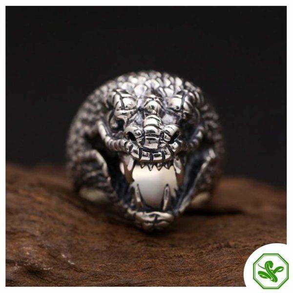 animal-head-ring 3