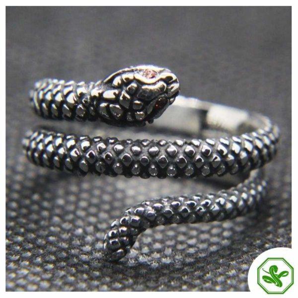 antique-ruby-snake-ring 2