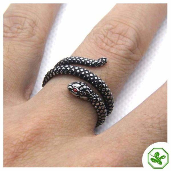antique-ruby-snake-ring 3