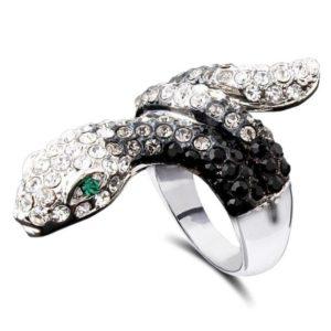 black-and-white-diamond-snake-ring 1