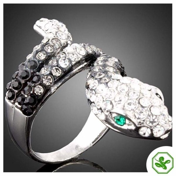 black-and-white-diamond-snake-ring 2