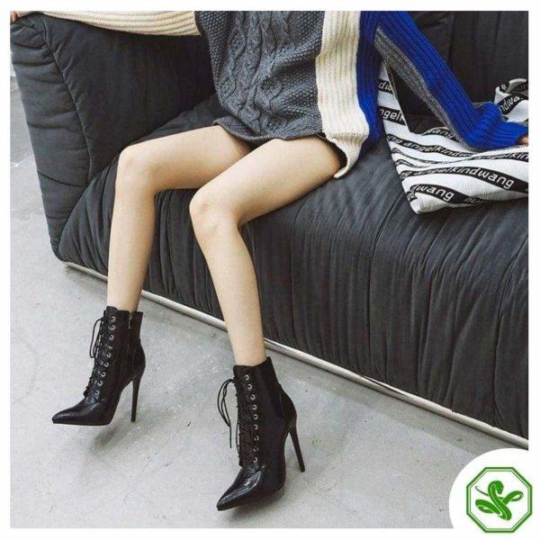woman black boots