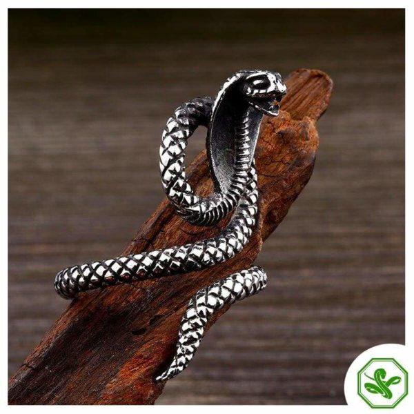 Cobra Ring 3