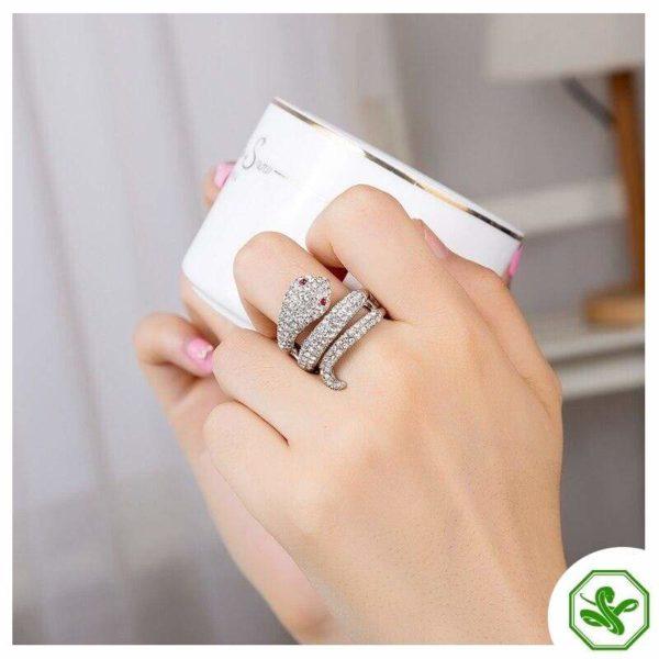 Diamond Snake Ring Ruby Eyes 3