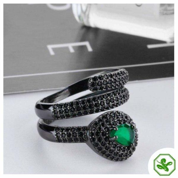 Emerald Snake Ring 4