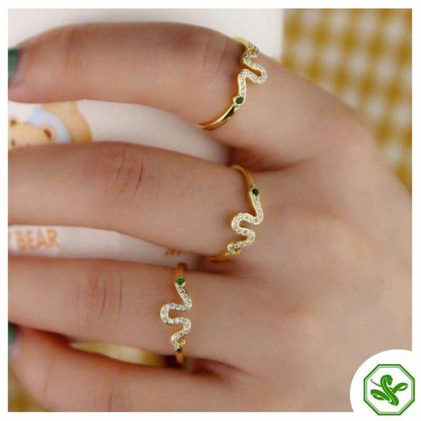 gold-ring-snake 2