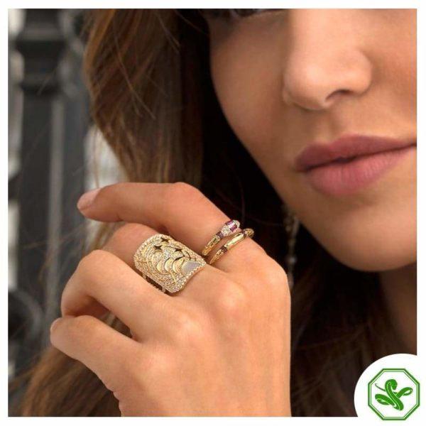 elegant snake ring gold