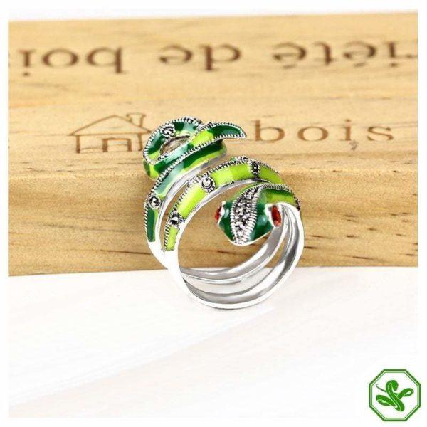 Snake Ring Green
