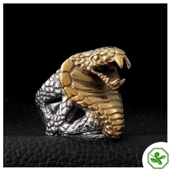 mens-gold-snake-ring 2