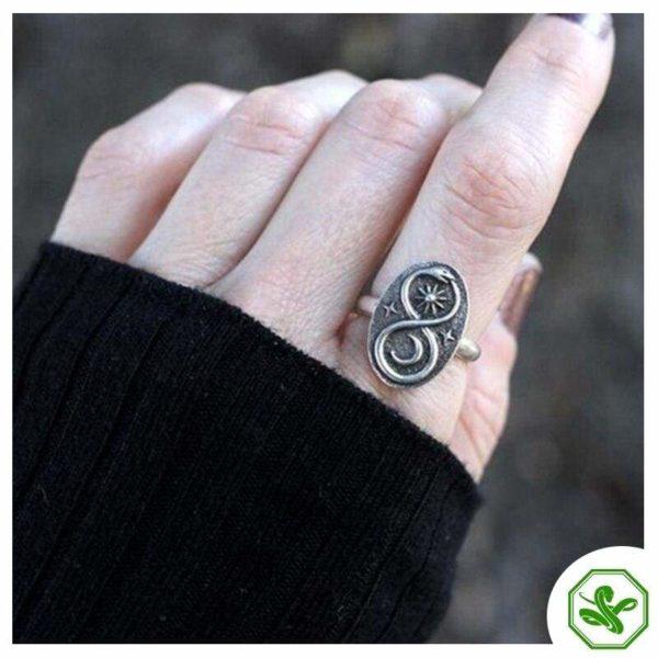 metal-snake-ring 4