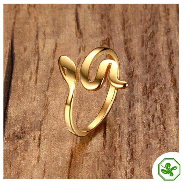 cool snake gold ring