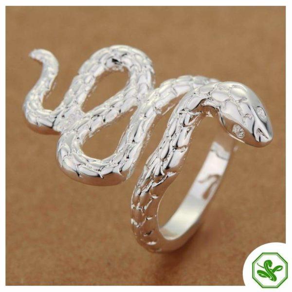 reptile-ring 3