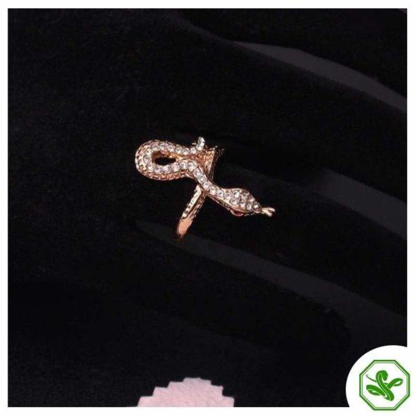 rose-gold-serpent-ring 3