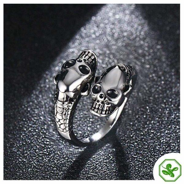 skull-and-snake-ring 5