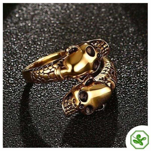 skull-and-snake-ring 2