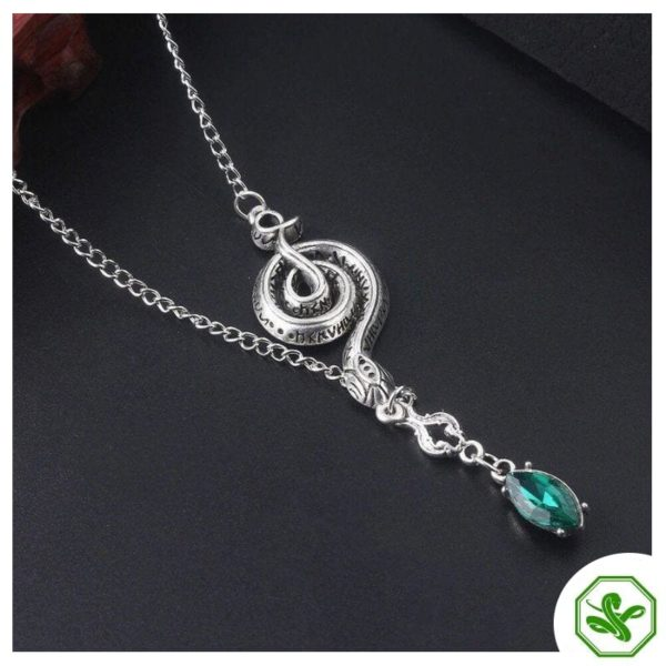 Snake Chain Necklace With Pendant 3