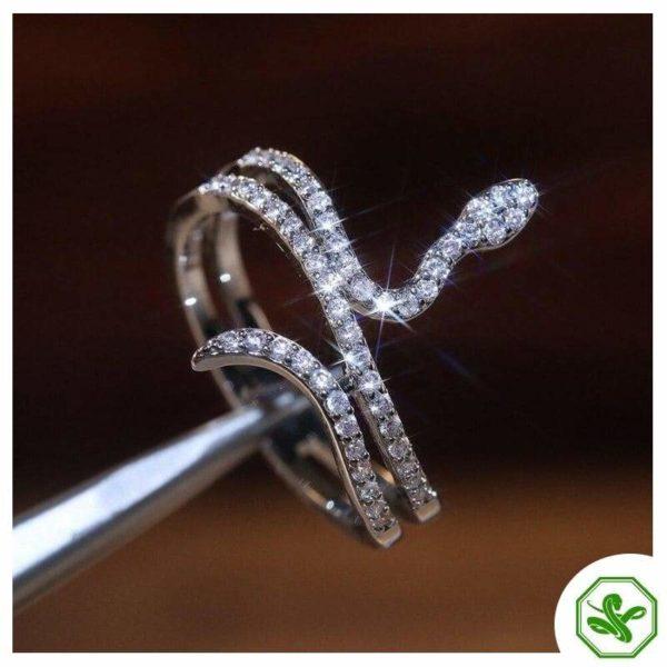 handcraft diamond snake ring
