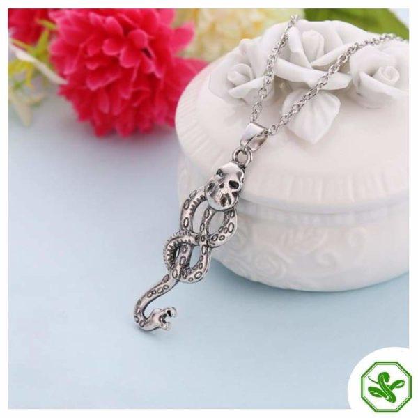Snake Knot Necklace 4