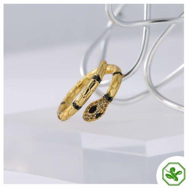 woman luxury snake ring