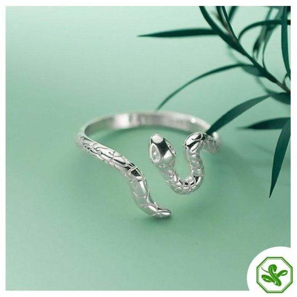 snake-ring-in-silver 3