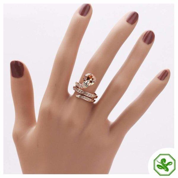 Snake Ring Ruby 10