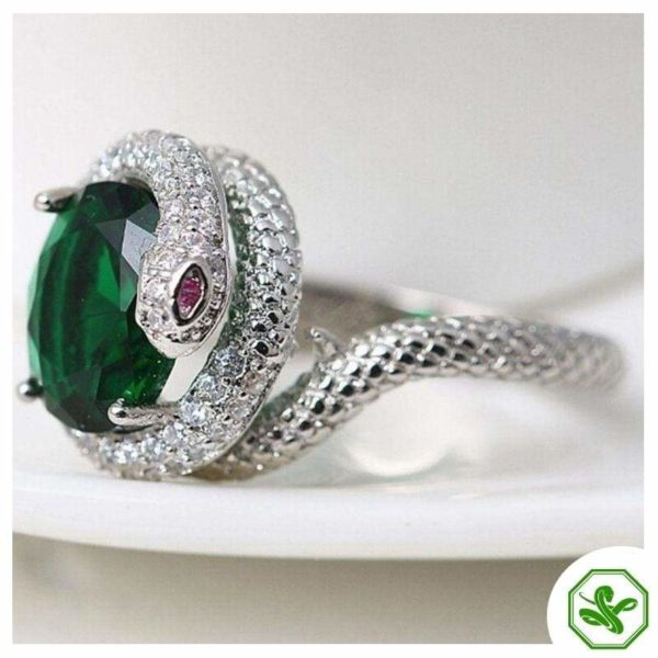 snake-ring-with-green-stone 4