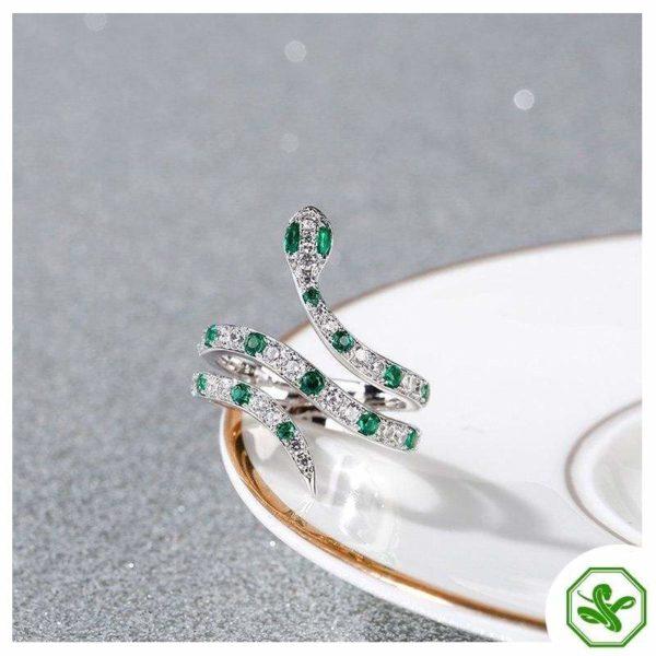 snake ring green and diamond