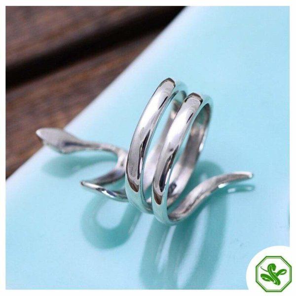 Snake Shaped Ring 4