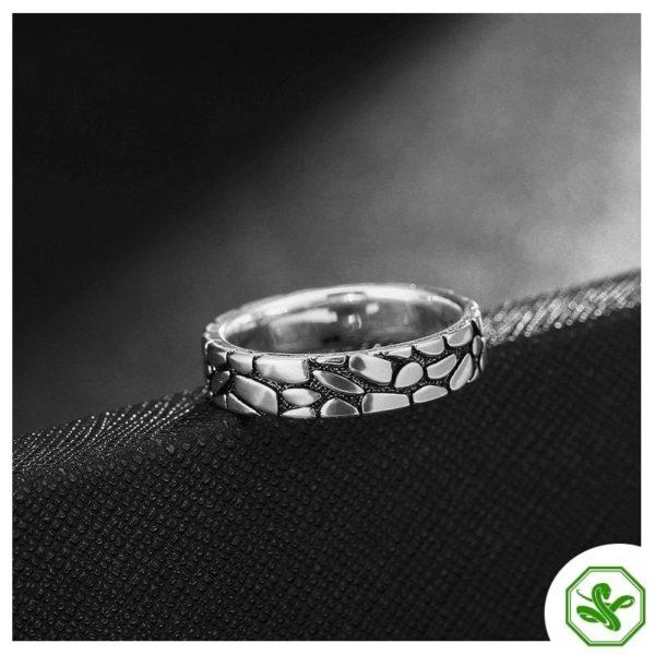 snakeskin-ring 3