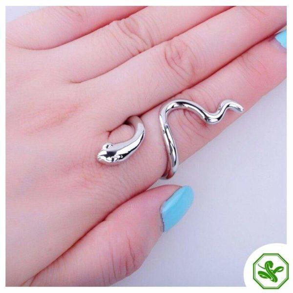 Vintage Snake Ring Gold 4