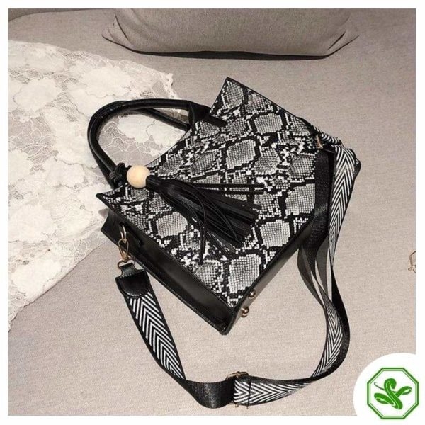 Vintage Snakeskin Bag 7