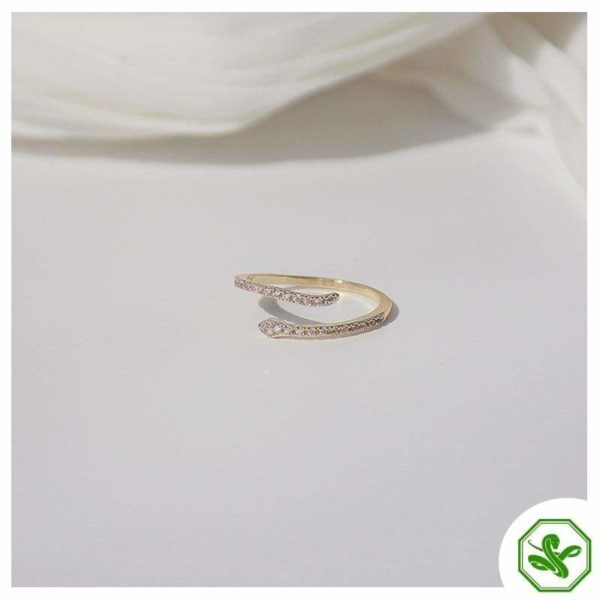 white-and-gold-snake-ring 5
