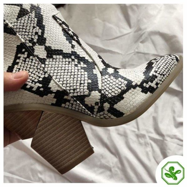 Women's Snakeskin Cowboy Boots 7