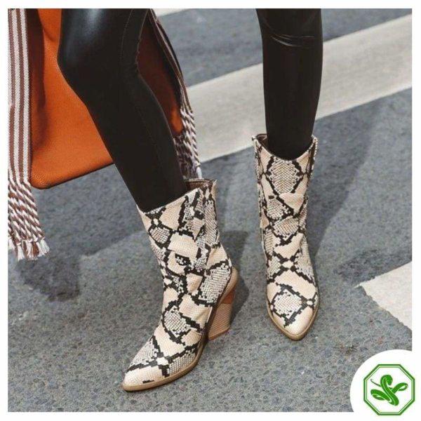 Women's Snakeskin Cowboy Boots 15