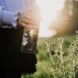 gourde en verre très pratique pour assurer l'hydratation de l'organisme
