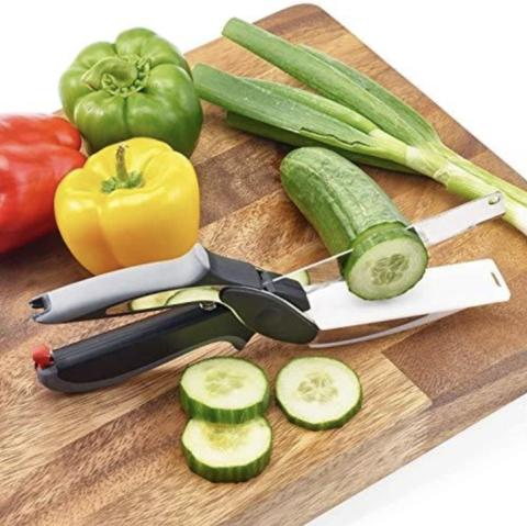 couteau et planche à découper 2 en 1