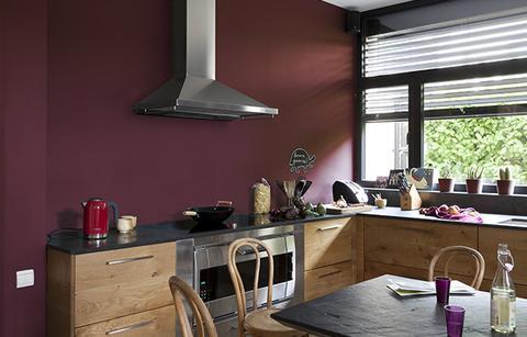 cuisine dans les tons violet