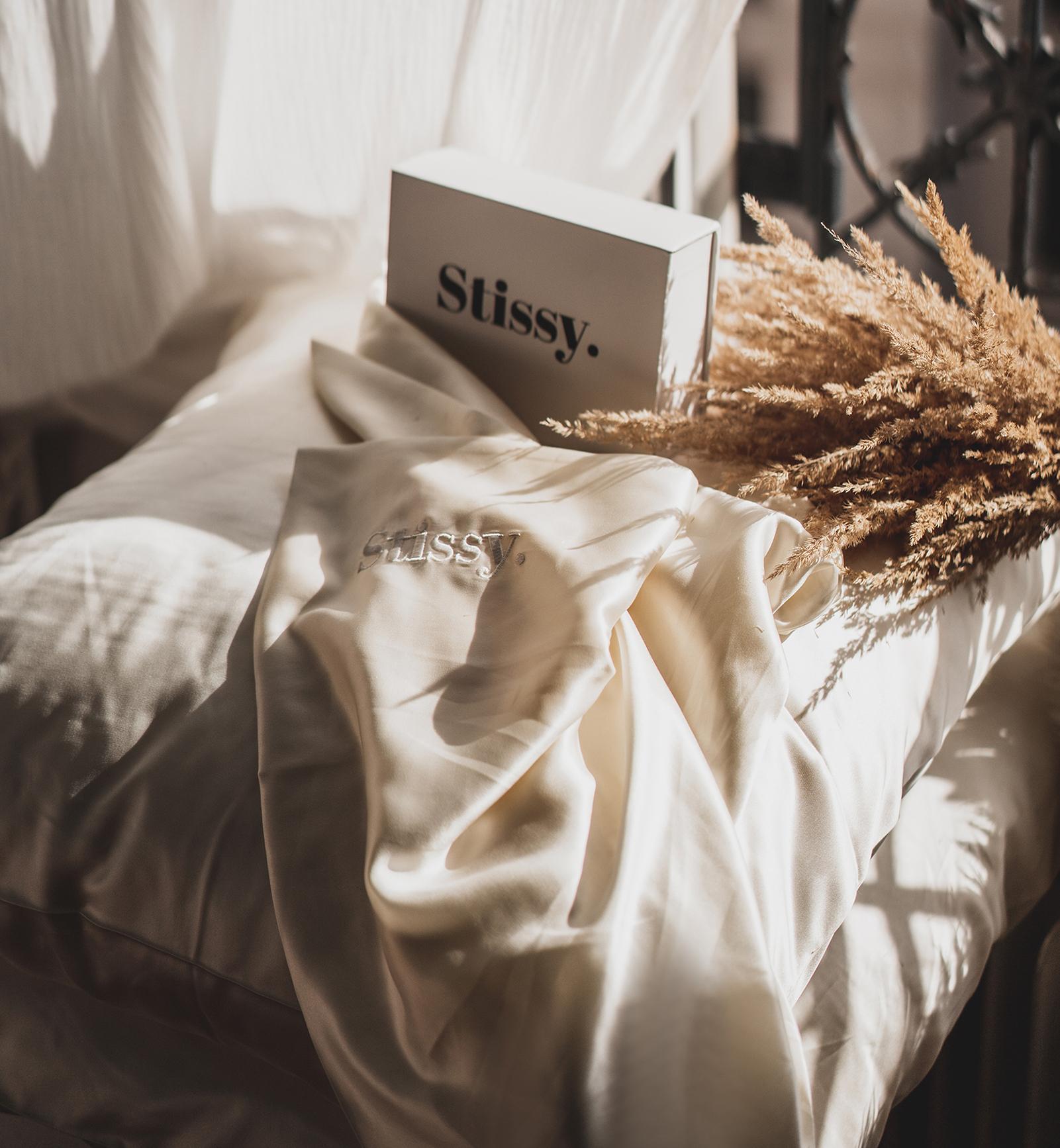 oreiller en soie et acide hyaluronique