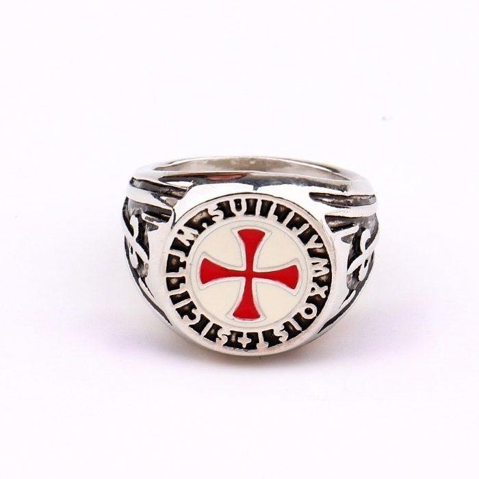 Chevalière templier avec initiale et croix rouge