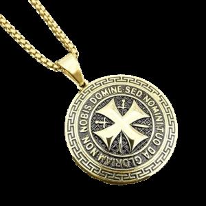 Collier avec la croix de l'ordre de Malte en or