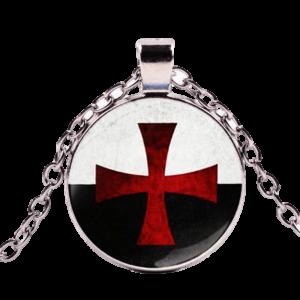 Collier médiéval homme croix rouge de l'ordre de Malte