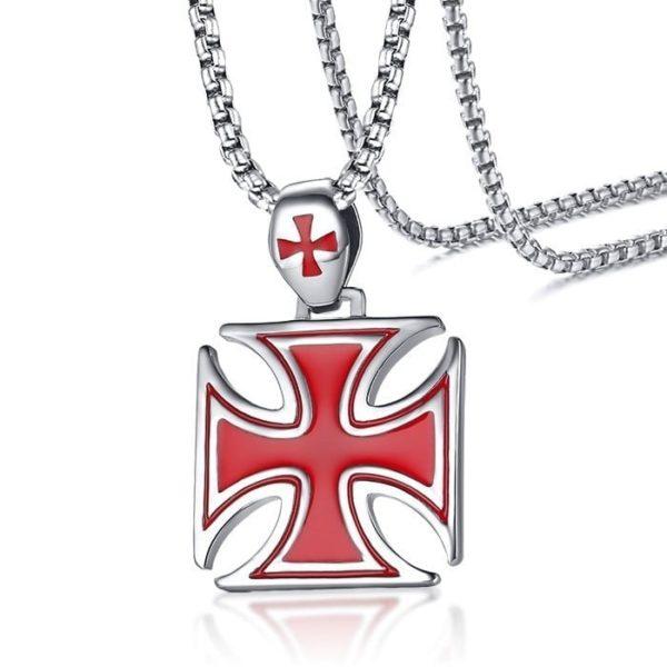 Pendentif croix rouge des templiers avec une chaine