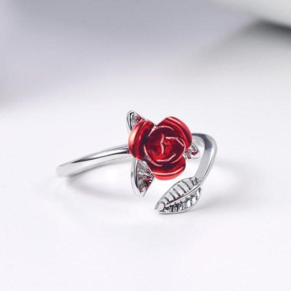 17 800x a8ee2622 3e13 4d03 bdd4 15890a4cdedd Bague En Forme De Rose