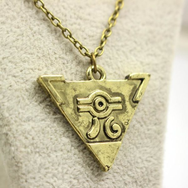 2016 Hot jeu The Legend Of Zelda Antique or Triforce Triangle pendentif collier Collier Yu-Gi-Oh! Puzzle Du Millénium - Livraison Gratuite !