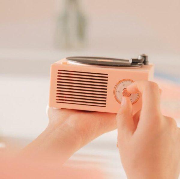2 d0667cee 252c 4a3e 8972 1685c869c235 Enceinte Bluetooth Tourne-Disque Vintage