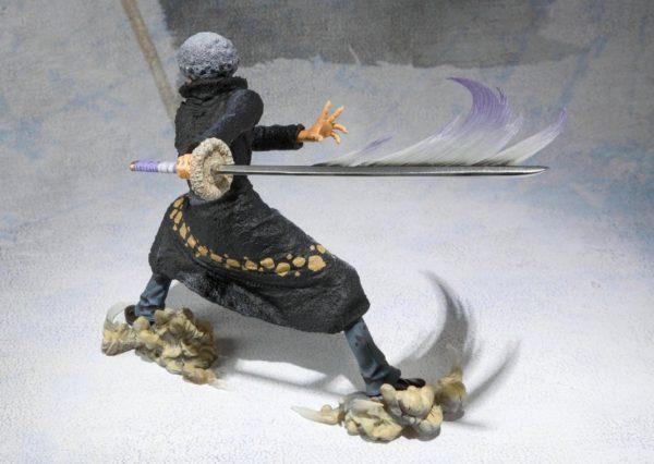 81unfulA3aL. SL1500 Figurine Trafalgar Law One Piece Battle Version One Piece - Livraison Gratuite !