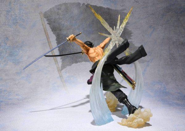Figurine Zoro Battle Version One Piece - Livraison Gratuite !