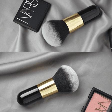Grospinceauapoudrepascher Le Gros Pinceau De Maquillage Pour Poudre À Adopter Pour Votre Makeup