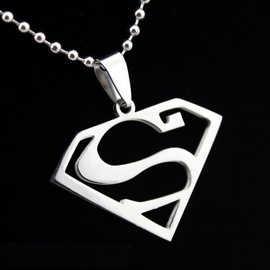 HTB1SSgCKXXXXXXJXXXXq6xXFXXXV 53f60954 a608 4a8e 8448 dcb766142e58 Collier Super-Héros Superman/Batman/Punisher - Livraison Gratuite !